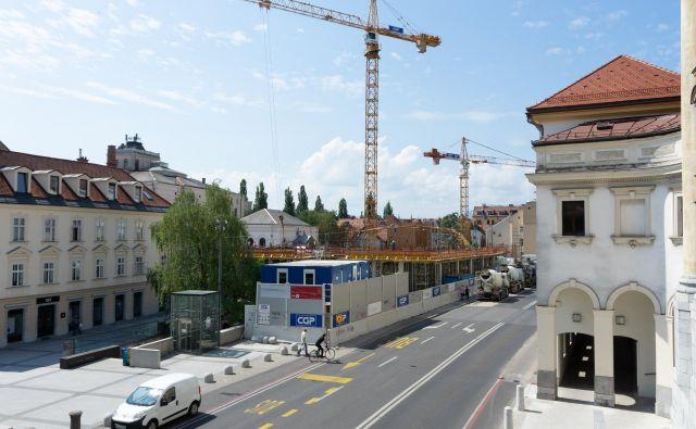 Miha Gostiša, direktor družbe Šumijev kvart, zanika, da so v okviru projekta Šumi opustili načrt o gradnji hotela. Upravljala ga bo španska hotelska veriga Barcelo. FOTO: Vid Svetina