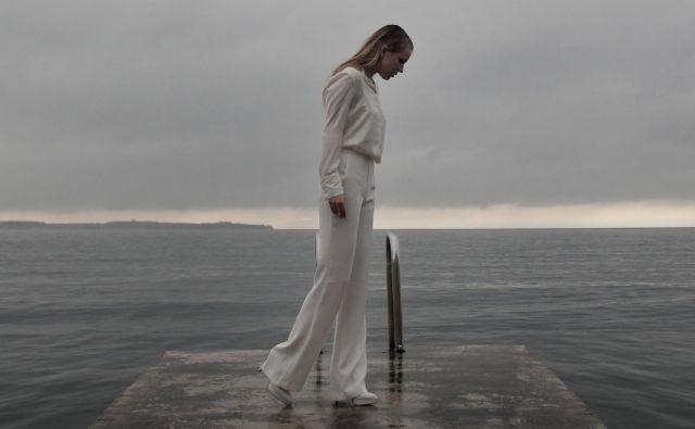Slovenijo bo v Rotterdamu zastopala Ana Soklič, a ne z zmagovalno <em>Vodo </em>z letošnje Eme. FOTO: Promocijsko gradivo