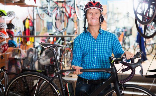 Izkušenemu kolesarju nobena »žauba« ne pomaga, ko se odloči zamenjati, kupiti novo kolo. FOTO:Iakov Filimonov/Shutterstock