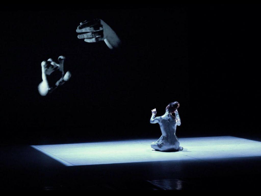Gaj Žmavc - Baletne miniature in razgibane koreografske rešitve