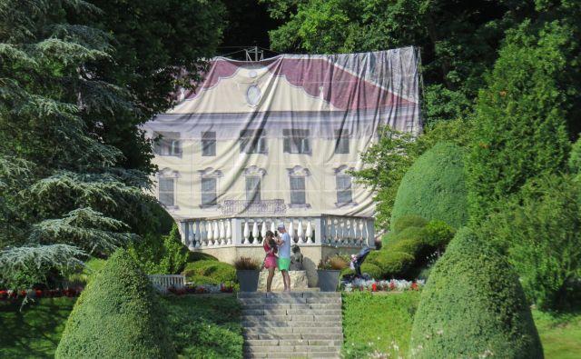 Francoskemu vrtu manjka Souvanov dvorec. FOTO: Bojan Rajšek/Delo