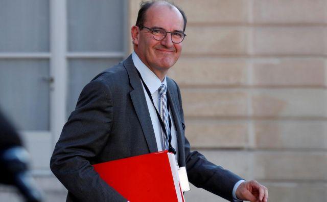 Jean Castex naj bi novo ministrsko ekipo predstavil do srede. FOTO: Gonzalo Fuentes/Reuters