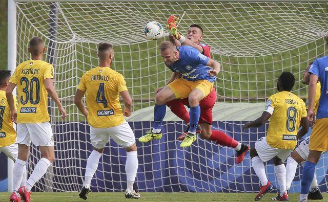 Nogometaši Celja so v gosteh premagali igralce Brava. FOTO: Jože Suhadolnik
