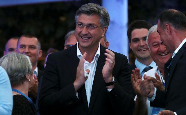 Hrvaški premier in vodja HDZ Andrej Plenković po razglasitvi rezultatov vzporednih volitev. Foto: Marko Djurica/Reuters