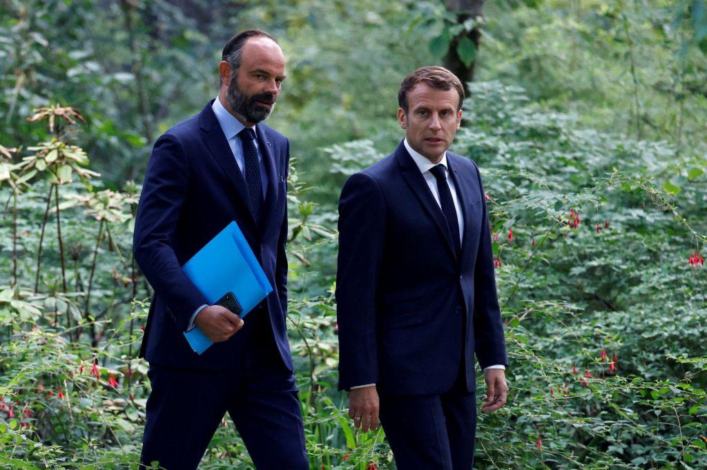 Francoski premier ponudil odstop