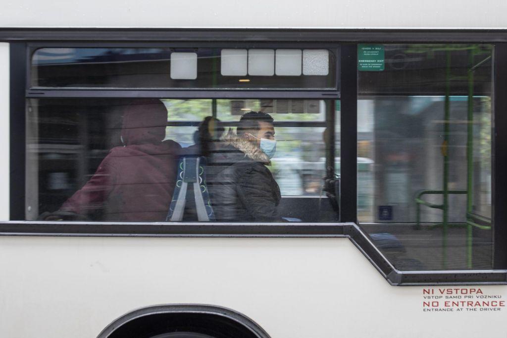 Za študente in dijake tudi letos poleti brezplačen javni prevoz