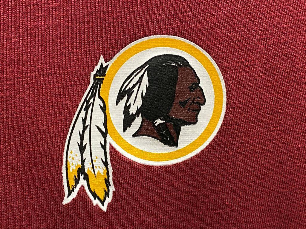 Po Redskinsih o spremembi imena razmišljajo tudi Indians