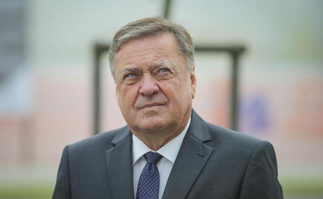 Župan Ljubljane Zoran Janković se je testiral zaradi pozitivnega testa družinskega člana. FOTO: Jože Suhadolnik/Delo