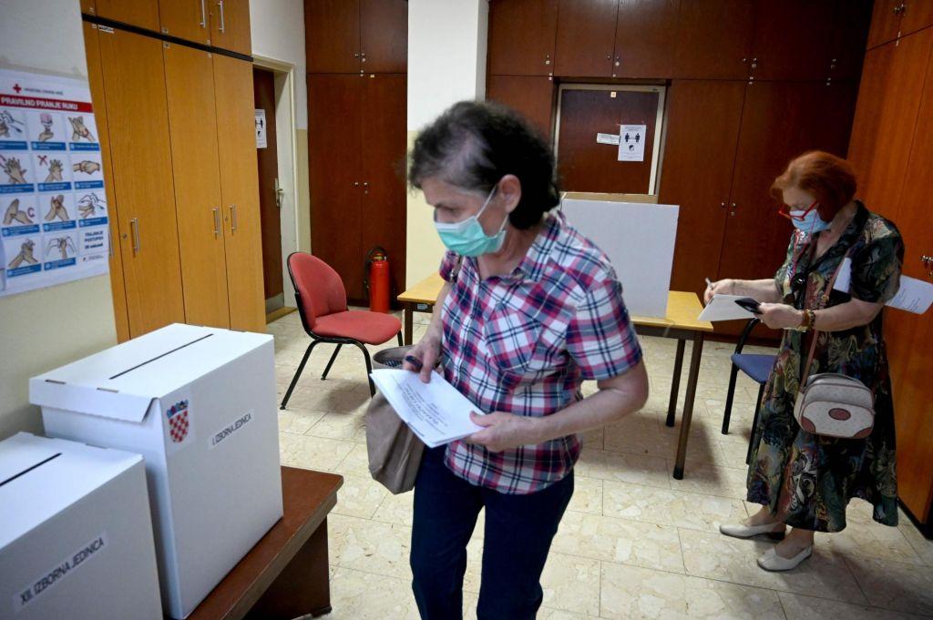FOTO:Na hrvaških volitvah prepričljiva zmaga HDZ