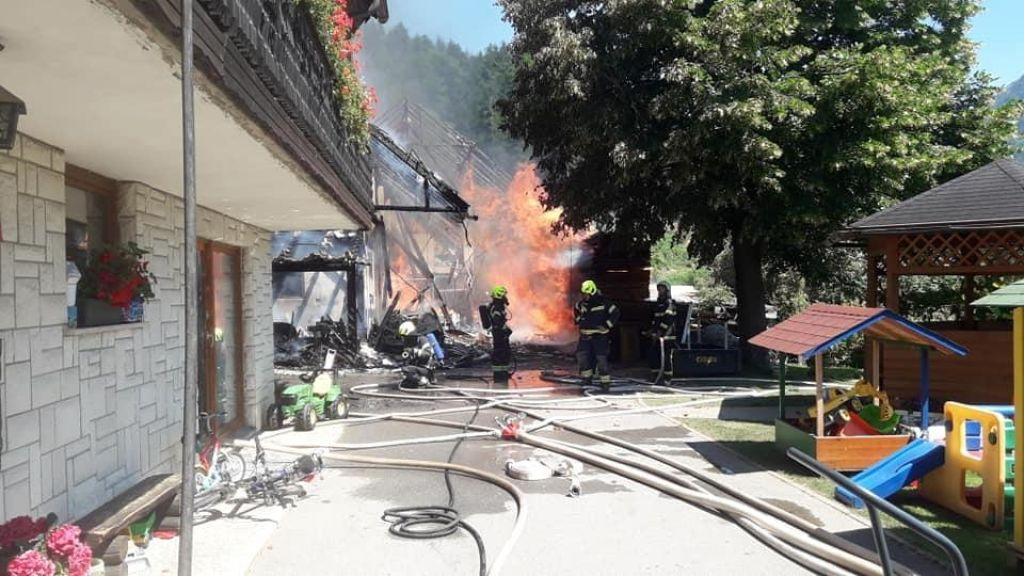 Zagorelo predvidoma zaradi tehnične okvare na električni napeljavi