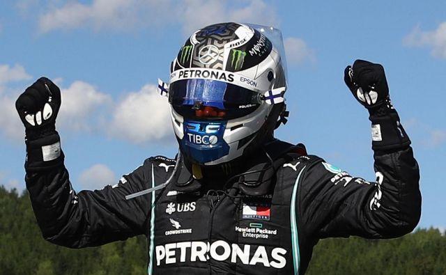 Finski dirkaški zvezdnik Valtteri Bottas ne bi mogel bolje začeti nove sezone v formuli 1. FOTO: AFP