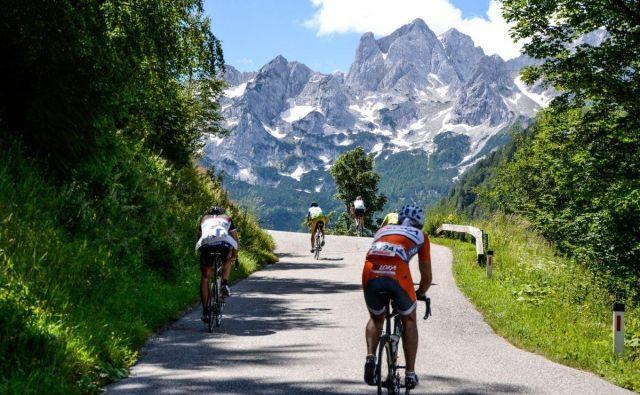 To je klanec, na katerem boste prav gotovo prekleli dan, ko ste se zaljubili v kolo. FOTO: Arhiv maratona Alpe Scott