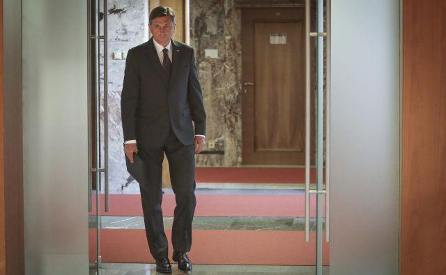 Dragi predsednik Pahor, poklon pred bazoviško fojbo je vreden ponovnega razmisleka. Foto Jože Suhadolnik/Delo