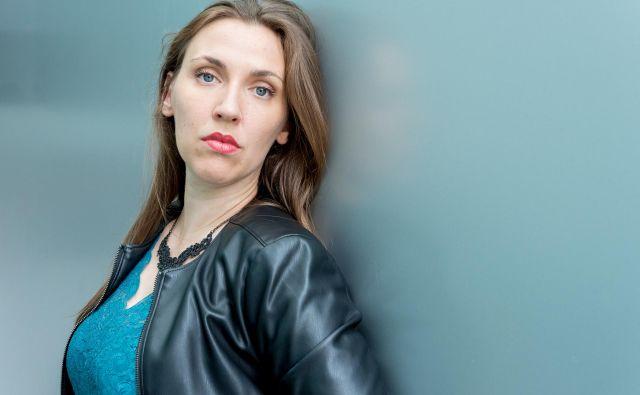 »Za polnjenje baterij več ne računam na vikende,« pravi nadarjena igralka. FOTO: Vladimir Hmeljak