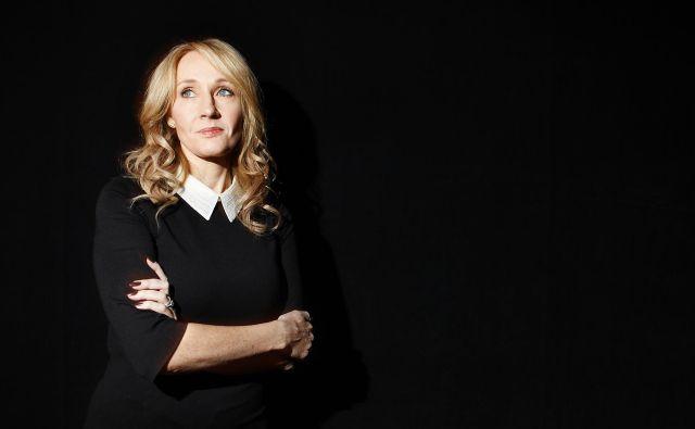 J. K. Rowling je pred časom doživela pogrom na družbenih omrežjih zaradi komentarjev, s katerimi je prizadela pripadnike transspolne skupnosti. FOTO: Reuters