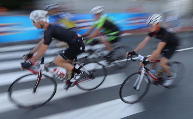 Kolesarji, ki so resnično bili del skupinic po šest kolesarjev, so s to odločitvijo zadovoljni. FOTO: Tomi Lombar