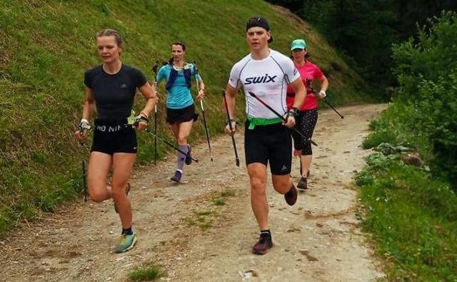 Nekateri so se zaradi lažje orientacije organizirali v manjše skupinice. FOTO: Aleš Gros/Facebook Besnica 360° Trail