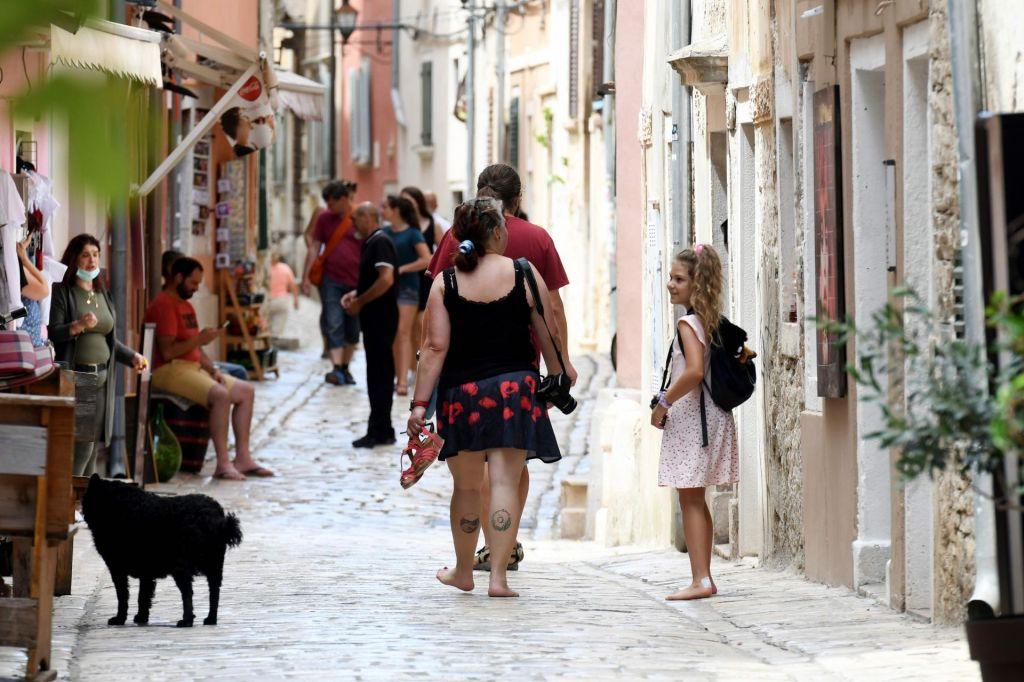 Posodobljeni podatki iz Hrvaške: 91 novih okužb, skupno 978