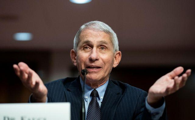 Vrhovni strokovnjak za nalezljive bolezni dr. Anthony Fauci je znova zvezda.  Fotografiji Al Drago/AFP/Reuters