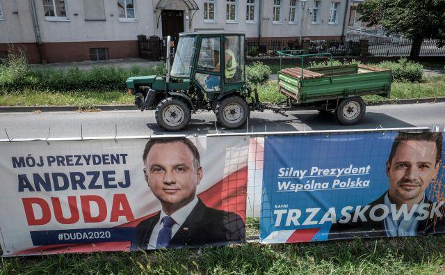 Tako Andrzej Duda kot Rafal Trzaskowski ima možnosti za zmago.Foto: Agencja Gazeta/Reuters