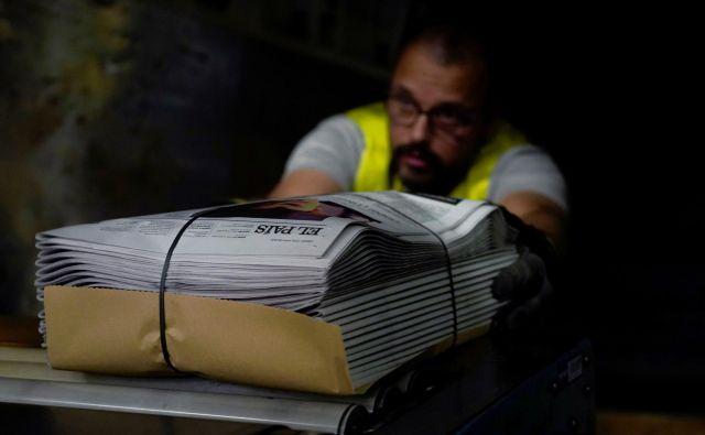 Ko izgubimo monopol nad informacijami, se izgubi tudi zaupanje. Foto: Juan Medina/Reuters
