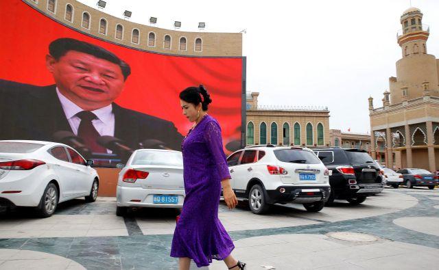 Prejšnji teden je Washington sprejel sankcije za četverico kitajskih funkcionarjev, za katere ameriška stran trdi, da so odgovorni za kršenje človekovih pravic muslimanske manjšine v Xinjangu.FOTO: Thomas Peter/Reuters