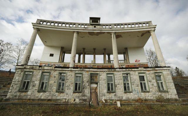 ICOMOS Slovenija se zavzema za prenovo, ki bo Bežigrajski stadion prilagodila zahtevam sodobnega življenja, kar pa z varstvom dediščine ni izključujoče. Foto Leon Vidic/Delo