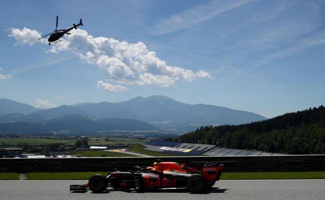 Max Verstappen je bil najhitrejši na drugem treningu. FOTO: Reuters