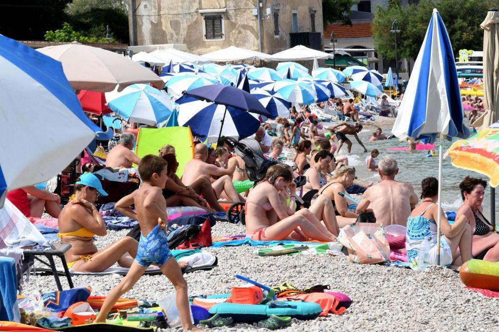Na Hrvaškem novo rekordno število okužb