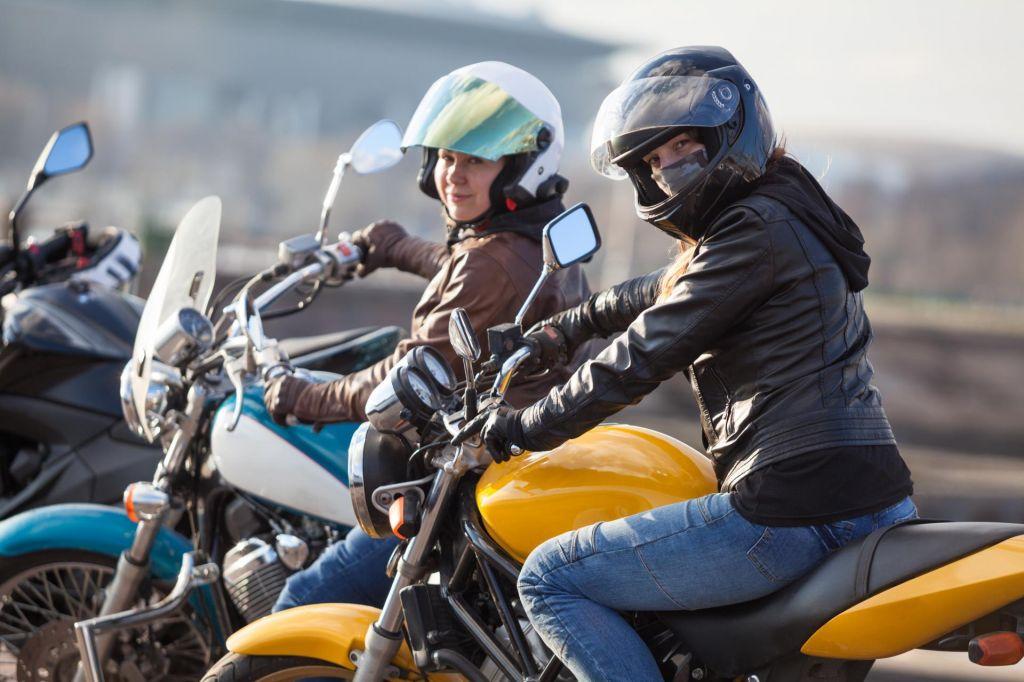 FOTO:Kako z motorjem varno skozi poletje