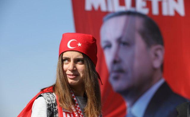 Recep Tayyip Erdoğan je zgradil lasten kult osebnosti. FOTO: Marko Djurica/Reuters