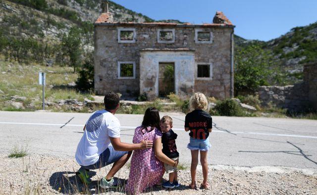 Slovenci kupujejo apartmaje za 100 do 300 tisoč evrov. FOTO: Antonio Bronic/Reuters