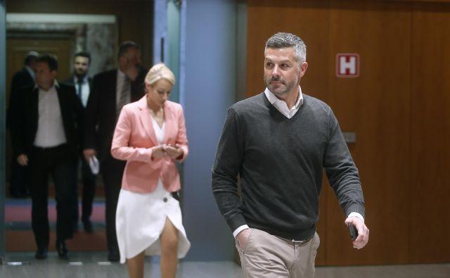Matjaž Nemec je opozoril, da so se ob tem incidentu dogajale razžalitve ne samo obeh sprehajalcev, ampak tudi edinega in osrednjega slovenskega medija v Italiji, <em>Primorskega dnevnika</em>. FOTO: Samec Blaž