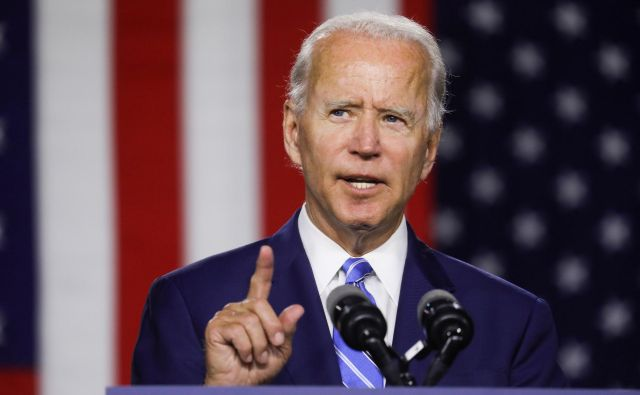 Demokratski predsedniški kandidat Joe Biden obljublja, da bo s štirimi leti predsednika Donalda Trumpa obračunal z novim zelenim dogovorom. FOTO: Leah Millis/Reuters