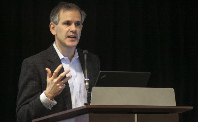 Ameriški znanstvenik Christopher Murray pravi, da bo svetovno prebivalstvo vrh doživelo leta 2064. FOTO: Nick Adams/Reuters