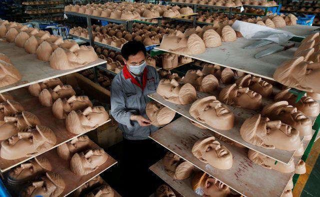 Ali zmoremo brez kitajskega trga, delovne sile, surovin, ali zmoremo brez Hongkonga in vseh ugodnosti, ki jih ta trenutno zagotavlja tisočem evropskih podjetij? FOTO: Aly Song/Reuters