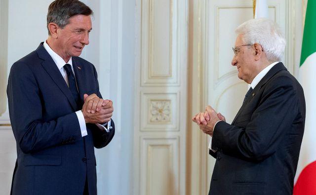 Italijanski predsednik Sergio Mattarella in slovenski predsednik Borut Pahor v Trstu. FOTO: Reuters