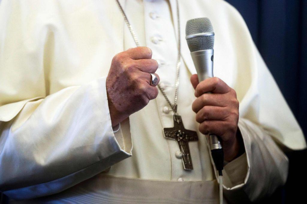Vatikan s priročnikom ravnanja v primeru pedofilije