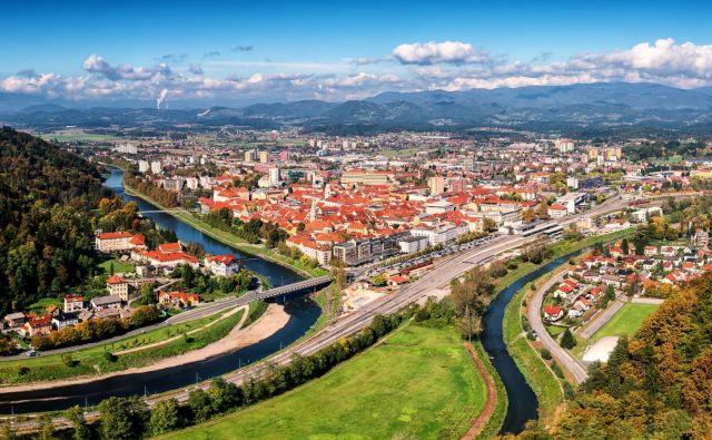 Pogled na Celje s Starega gradu. Foto: Lara Uhryn/Getty Images