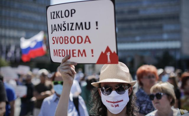 A kaj pomagajo demonstracije, ko pa veliko demonstrantov v času volitev ostane doma. Foto Uroš Hočevar/Delo