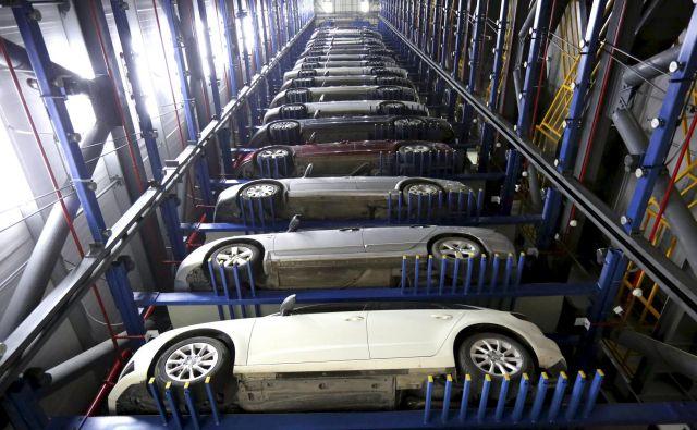 Za avtomobilskimi proizvajalci je težka polovica leta, zdaj zrejo v boljše čase – upajo, da Evropa okreva tako kot Kitajska.<br /> Foto China Stringer Network/Reuters