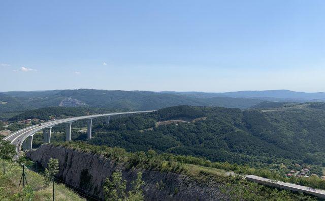 Spektakularni pogled na črnokalski viadukt. FOTO: Blaž Kondža