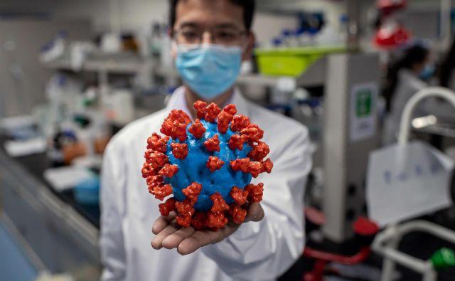 Medtem ko svet stavi na znanost v boju proti covidu-19, evropski voditelji znanosti režejo sredstva. FOTO: Nicolas Asfouri/AFP