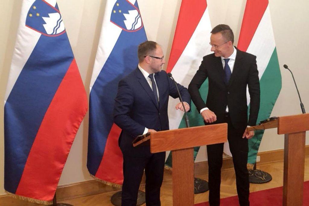 Danes v Budimpešto in Bratislavo, jutri v Varšavo