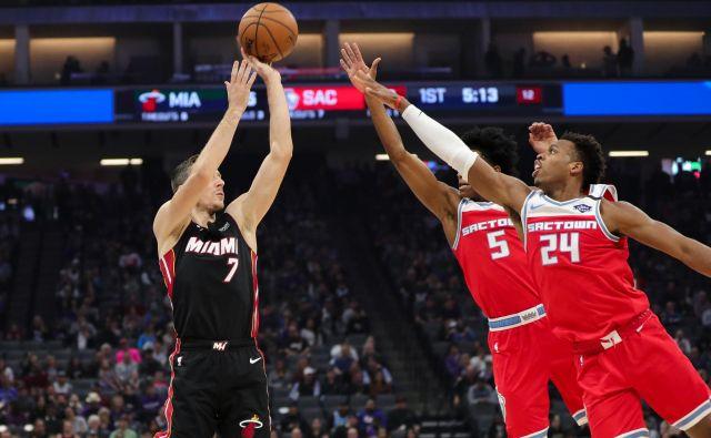 Goran Dragić je bil četrti najboljši strelec Miamija ob zmagi nad Sacramentom za Duncanom Robinsonom Tylerjem Herrom in Kellyjem Olynykom. FOTO: USA Today Sports
