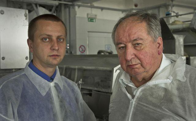Direktor Silvester in ustanovitelj Stanislav Pečjak. FOTO: Jože Suhadolnik/Delo