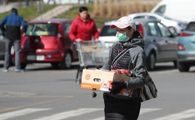 V sredo pri nas ni umrla nobena s koronavirusom okužena oseba. FOTO: Dejan Javornik/Slovenske novice