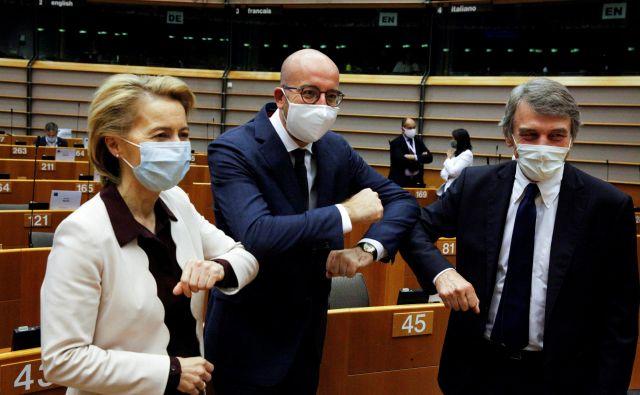 Predsednica evropske komisije Ursula von der Leyen, predsednik evropskega sveta Charles Michel in predsednik evropskega parlamenta David-Maria Sassoli. Foto: Reuters