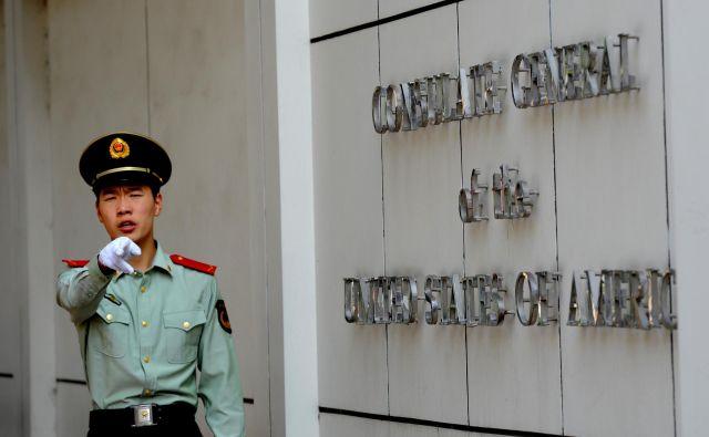 Chengdu je mesto, iz katerega ameriški diplomati (in pripadniki obveščevalne službe) zbirajo informacije o Tibetu pa tudi o Xinjiangu. FOTO: Goh Chai Hin/AFP