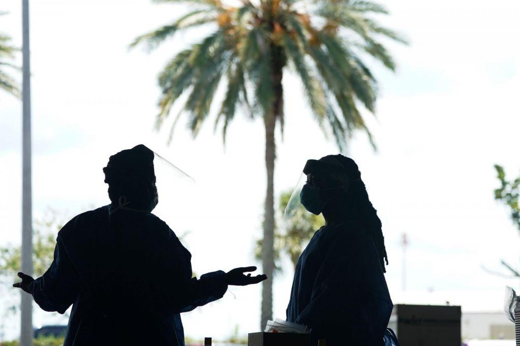 FOTO:Florida po številu okuženih prehitela državo New York
